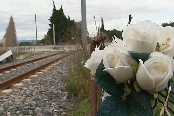 Le passage à niveau, lieu de l'accident entre un bus scolaire et un train, à Millas, dans les Pyrénées-Orientales. - décembre 2018