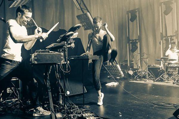 Ephèbe, un groupe électro/pop, sélectionnés pour Les iNOUïS 2019 du Printemps de Bourges.