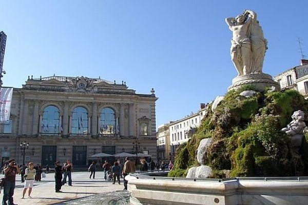 Montpellier - place de la Comédie - archives