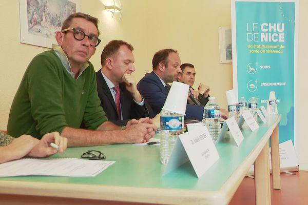 Eric Cua au premier plan, lors de la conférence de la direction du CHU le 24 février au sujet des premiers cas de Covid-19 dans les Alpes-Maritimes.