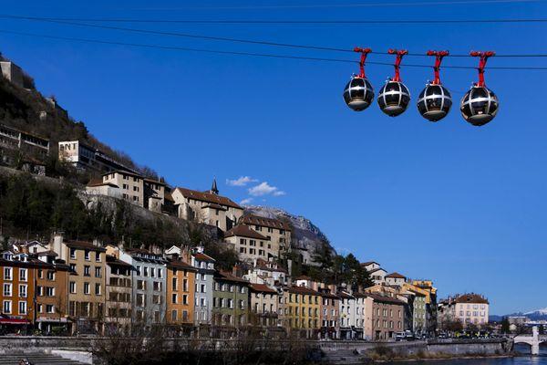 - Photo d'illustration : Grenoble - La préfecture de l'Isère va renseigner les résultats des élections municipales au fil de la soirée.