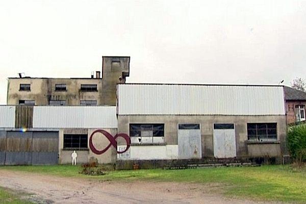L'association les 6.000 tente de réhabiliter cette friche industrielle.