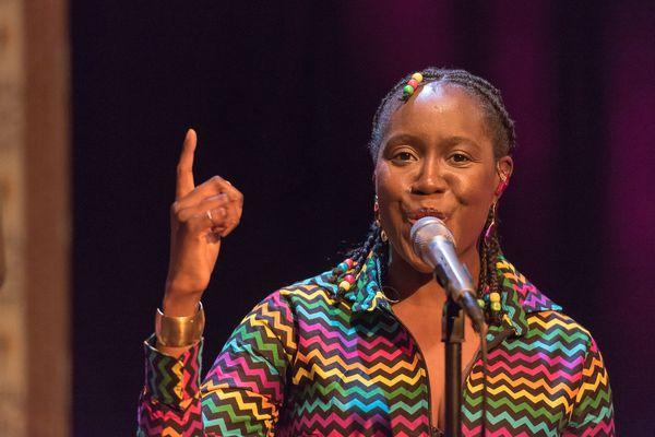 Valérie Ekoumè est venue colorer #studio3 en avril 2019.