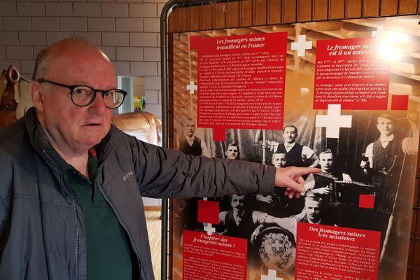 Au musée de Levier, dans le Doubs, est exposée la photo du grand-père de Jean-Pierre Gurtner, fromager suisse arrivé en France au début du 20ème siècle.