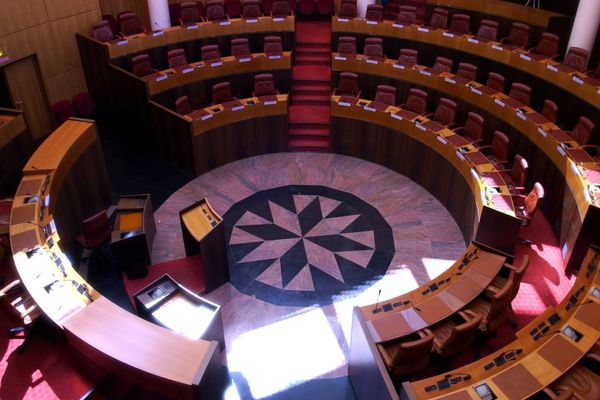 Illustration - L'hémicycle de l'Assemblée de Corse à Ajaccio (Corse du Sud)