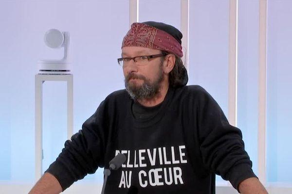 """L'ancien SDF Christian Page publie son ouvrage """"Belleville au coeur""""."""