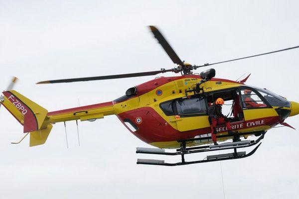 Hélicoptère de la Sécurité civile Dragon 56