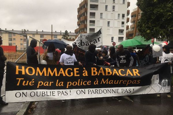La marche blanche à Maurepas, en hommage à Babacar - 1er décembre 2018