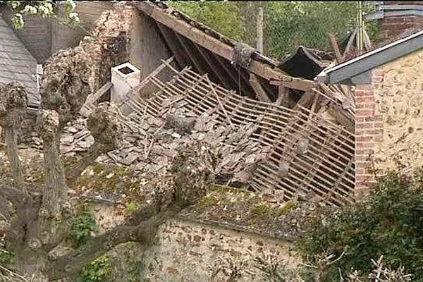 Ce qui reste de la maison après l'explosion