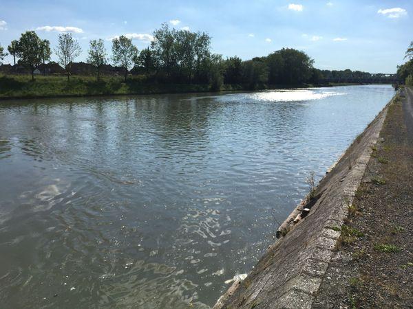 Le canal d'Aire où Rommel a réussi à passer près de Cuinchy.