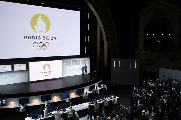 Présentation du logo des Jeux Olympiques de Paris 2024.