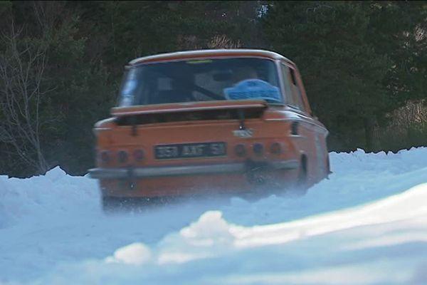 """Après une quinzaine d'années passées en Savoie, dans le Jura et dans le Doubs, le """"Rallye neige et glace"""" revient dans le Vercors, avec un camp de base à Villard-de-Lans (Isère)."""