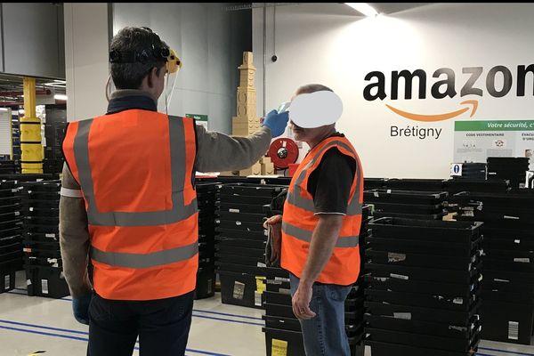 Depuis début avril, Amazon avait mis en place des contrôles de température dans ses entrepôts.
