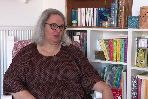 Isabelle, victime d'inceste à 10 ans, témoigne.
