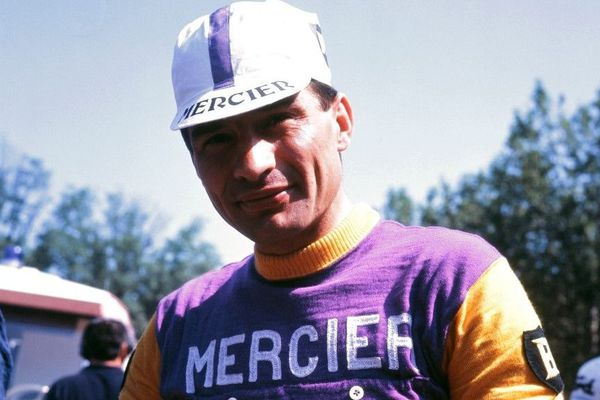 Raymond Poulidor, lors du Tour de France 1968