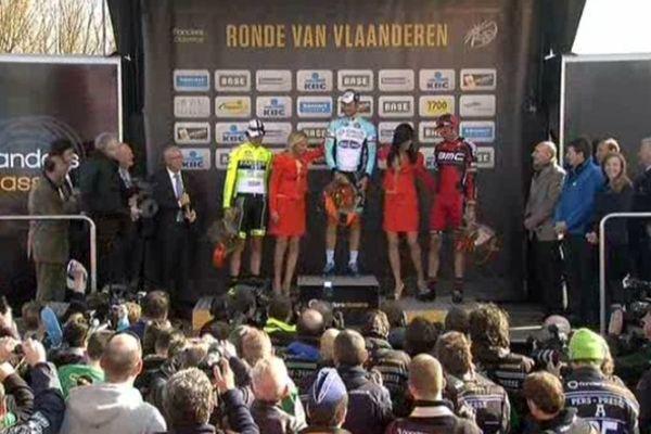 Ronde Van Vlaanderen, le Tour des Flandres, ici le podium en 2012 avec la victoire du Belge Tom Boonen. Ce dimanche 31 mars 2013, c'est la 100e édition du Tour des Flandres.