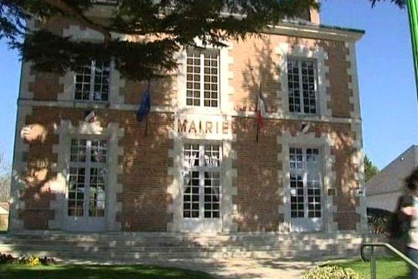 Mairie de Neung-sur-Beuvron (Loir-et-Cher)