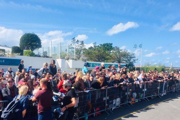 Les fans de Johnny Depp avant la conférence de presse