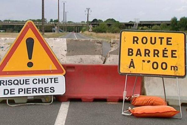 Le pont de l'Aérotrain a été endommagé il y a une quinzaine de jours.