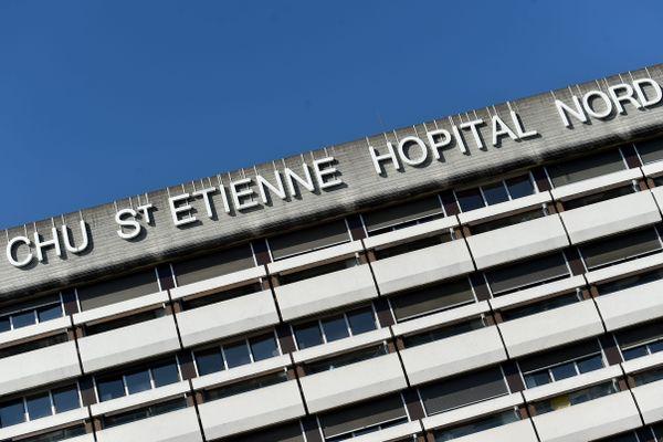 Le petit garçon de deux mois est arrivé dans le coma aux urgences pédiatriques du CHU de Saint-Etienne mercredi 1er septembre.