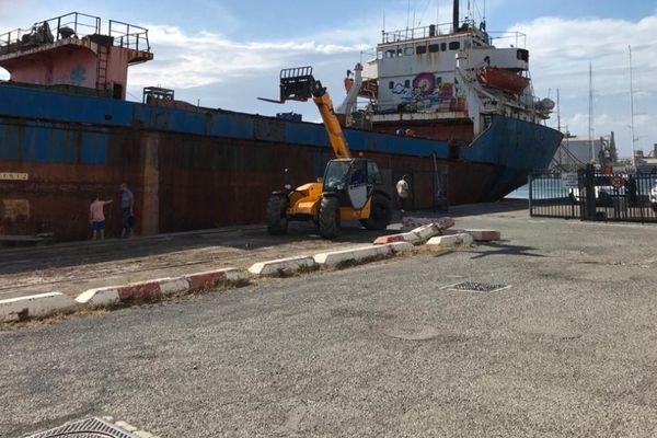 Le cargo Rio Tagus, amarré dans le port de Sète depuis 2010. - Sète (Hérault) - 21 juin 2021.