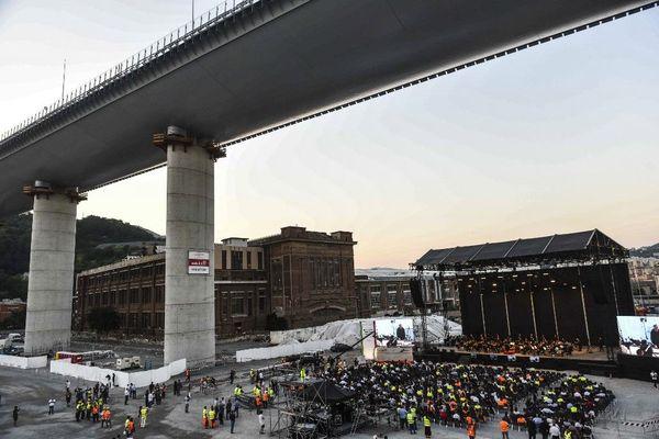 Le pont de Gênes a été reconstruit en un an.