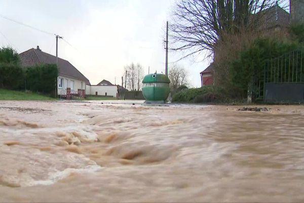 Le village d'Auchy-lès-Hesdin, dans le Pas-de-Calais, a subi une inondation dans la nuit du 28 au 29 janvier 2021.