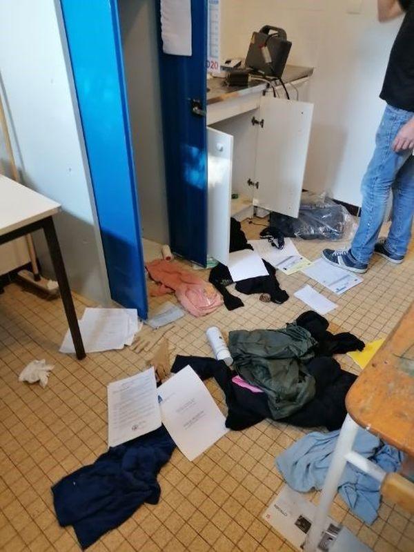 Les vestiaires des Dragons de Poitiers et du PEC rugby ont été entièrement saccagés le week-end dernier. Une enquête est en cours.