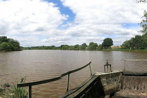 Dans l'Orne, ciel nuageux ce SAMEDI à La Lande sur Eure, l'un des villages les plus proches de la source de l'Eure.