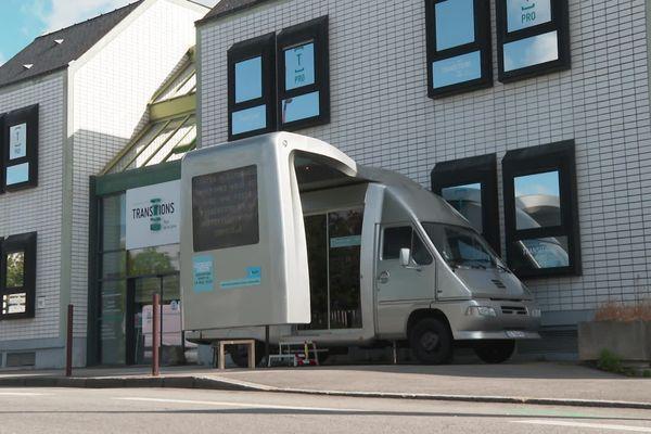 """A Nantes, le bus """"civique"""" permet de s'inscrire sur les listes électorales"""