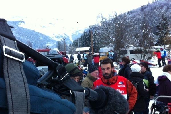 La caméra de France 3 Alpes se glisse partout !