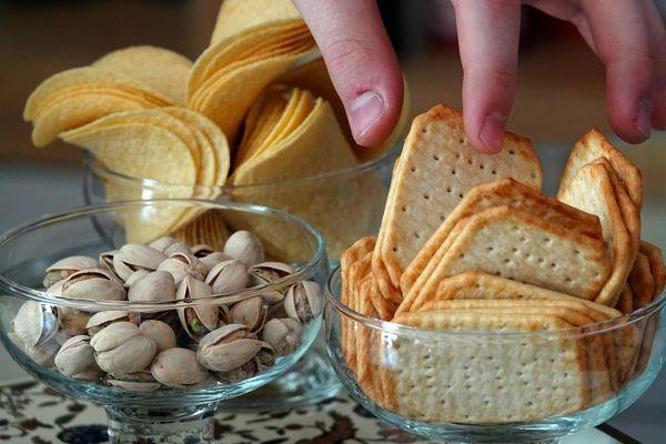 Déconfinement. Fini de piocher dans le même bol de pistaches ou gâteaux apéritifs, il faudra être inventif !