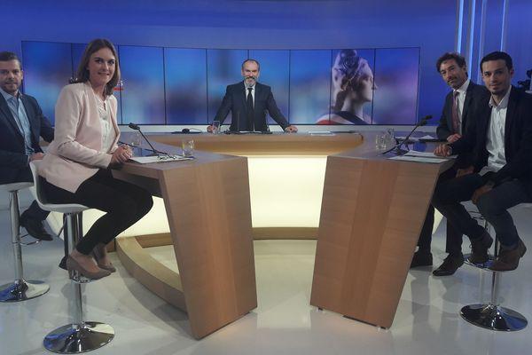 Les 4 candidats au second tour des élections municipales à Douai sur le plateau de France 3 Nord Pas-de-Calais