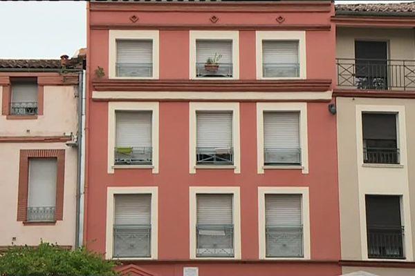 Le corps de la jeune femme a été retrouvé dans son appartement de la place des Tiercettes à Toulouse. Il gisait dans son sang.