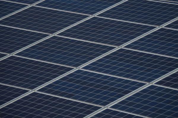 47 projets de photovoltaïque sur bâtiment ont été sélectionnés par le ministre de la Transition écologique et solidaire, Nicolas Hulot, en Auvergne-Rhône-Alpes.