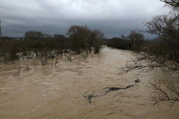 Le débit de l'Aude est toujours torrentiel jeudi matin