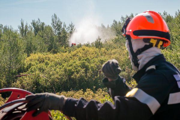 Marseille : exercice incendie du Bataillon de marins-pompiers