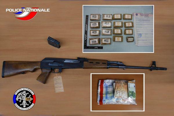 La police de Limoges a mis la main sur 2 kg de résine de cannabis, une arme de guerre et plus de 7 500 euros en petite coupure, ce mercredi 2 décembre.