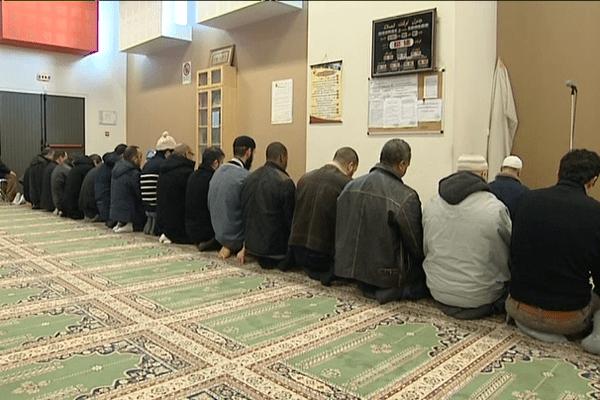 La prière au centre Avicenne à Rennes