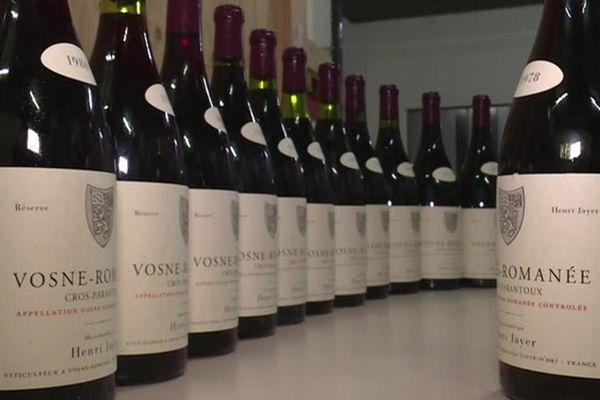 Des bouteilles de Vosne-Romanée, de la prestigieuse maison Jayer