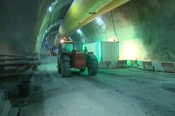 La galerie de sécurité du tunnel du Fréjus - Archive