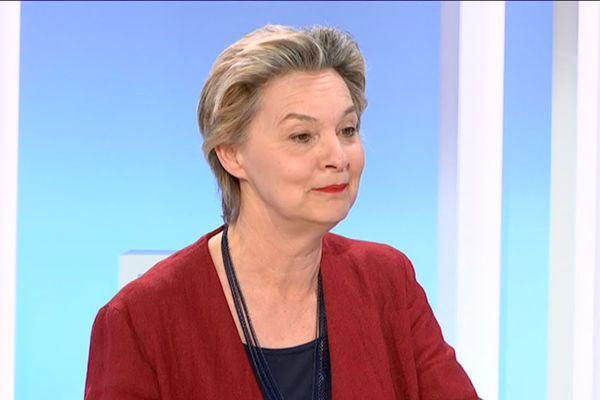 Guilmine Eygun invitée de Rébecca Benbourek sur le plateau du 19/20 Centre Val de Loire