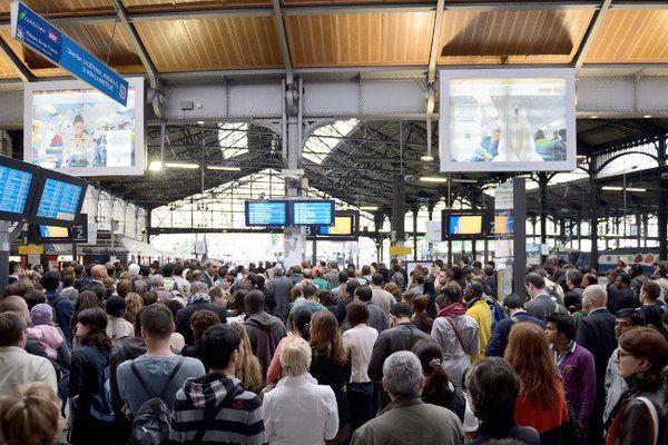 Image d'illustration- mouvement de grève et perturbations à la Gare Saint-Lazare à Paris.
