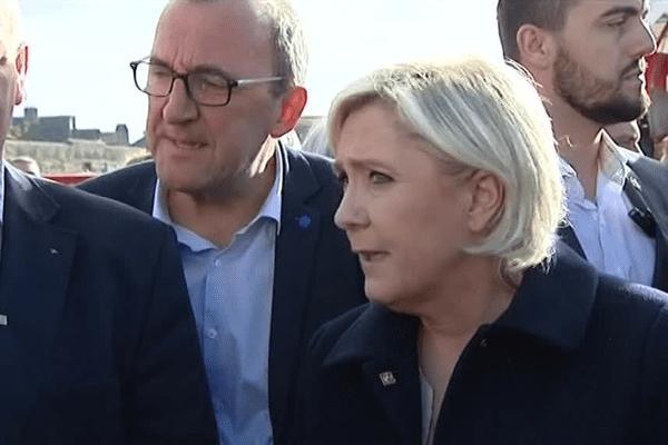 Marine Le Pen a évoqué la thématique de l'insécurité lors de sa venue à Concarneau le 31 mars 2017.