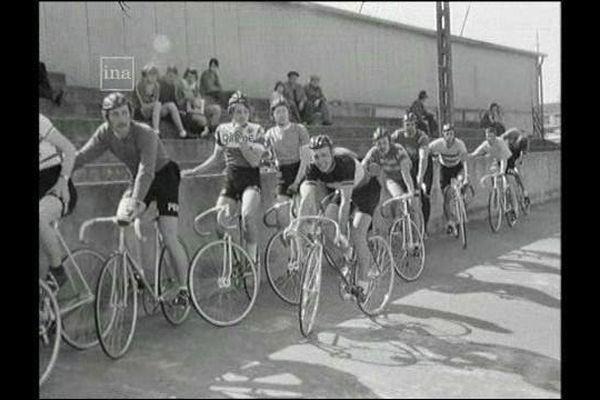 Stage régional de piste à Blois en 1976