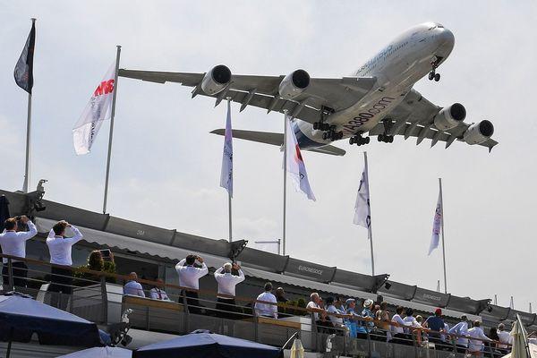 L'A380 en démonstration au salon du Bourget en 2017