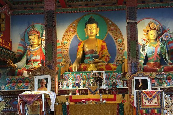 Dans ce temple sont pratiqués des rituels, pour trouver la sérénité.
