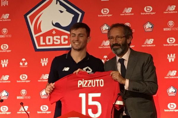 Eugenio Pizzuto avec Marc Ingla, directeur sportif du LOSC.