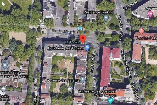 Il est 21h25  ce dimanche 7 juin, quand les coups de feu cessent. Les secours sont alertés pour se rendre rue Jacques Brel à Villeurbanne, dans le quartier du Tonkin à Villeurbanne (Rhône).