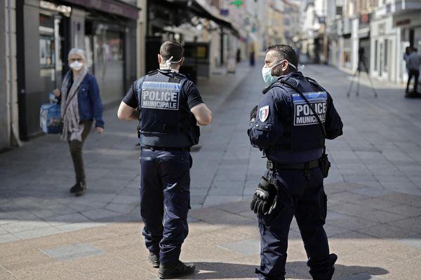 Des agents de la Police Municipale de Sceaux (Hauts-de-Seine) le 8 aôut 2020